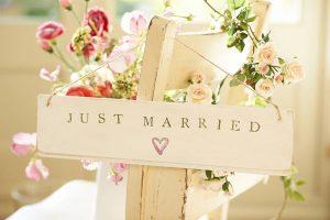 Xem tử vi tuổi vợ chồng có hợp nhau không để dự đoán cuộc sống tương lai